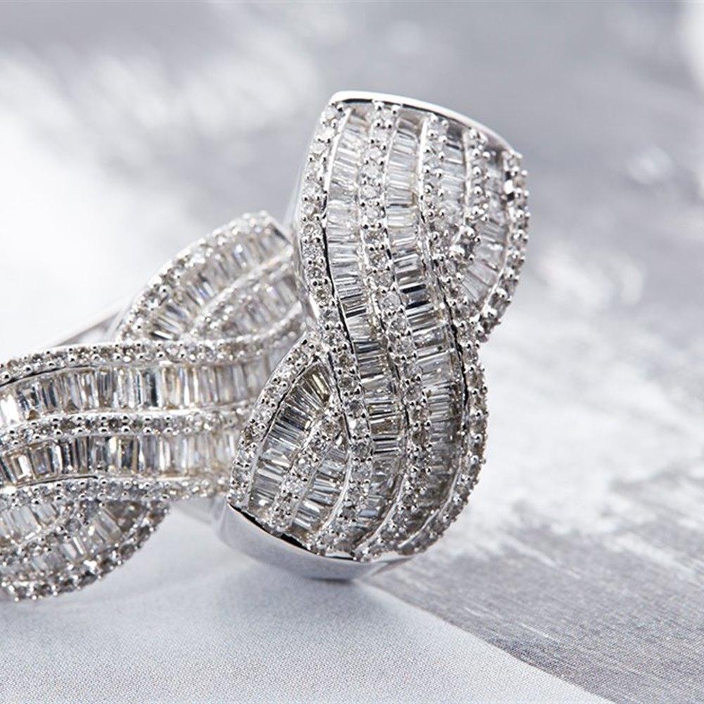 14K White Gold 4.15cts Diamond Cluster Earrings