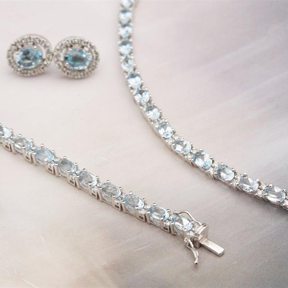 K White Gold Diamond Earrings