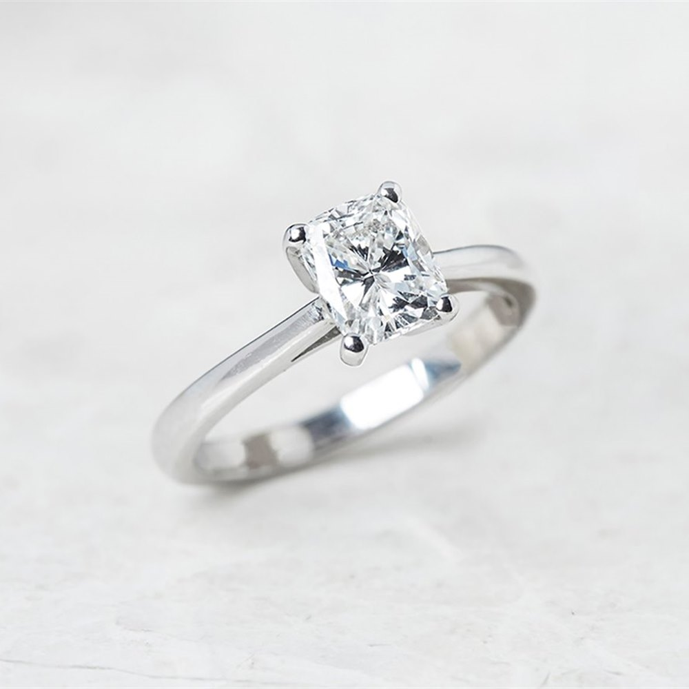 18k White Gold Cushion Cut 1.03ct Diamond Ring