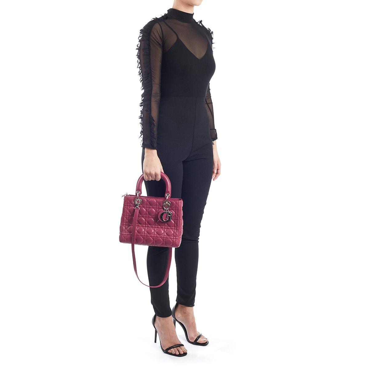 christian dior lady dior mm 2010 hb622 second hand handbags. Black Bedroom Furniture Sets. Home Design Ideas