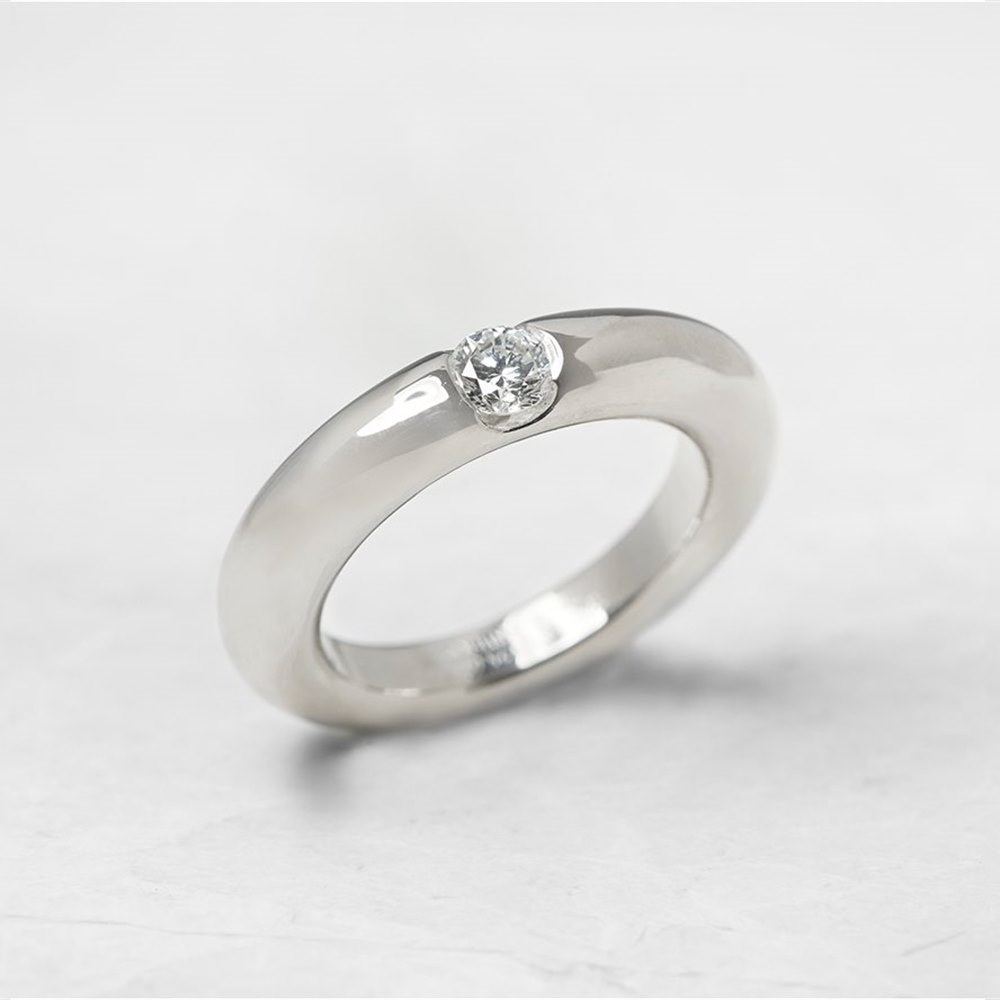 Cartier 18k White Gold 0.25ct Diamond Stackable Elipse Ring