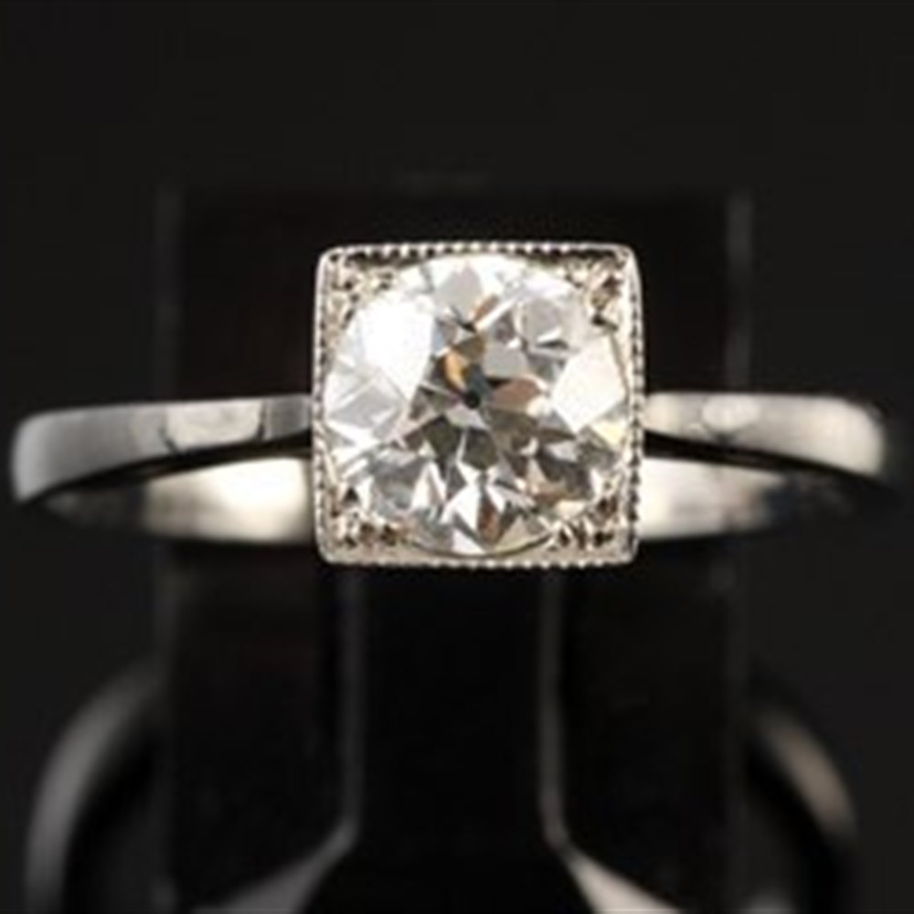 Beautiful Platinum Art Deco Solitaire Diamond Ring
