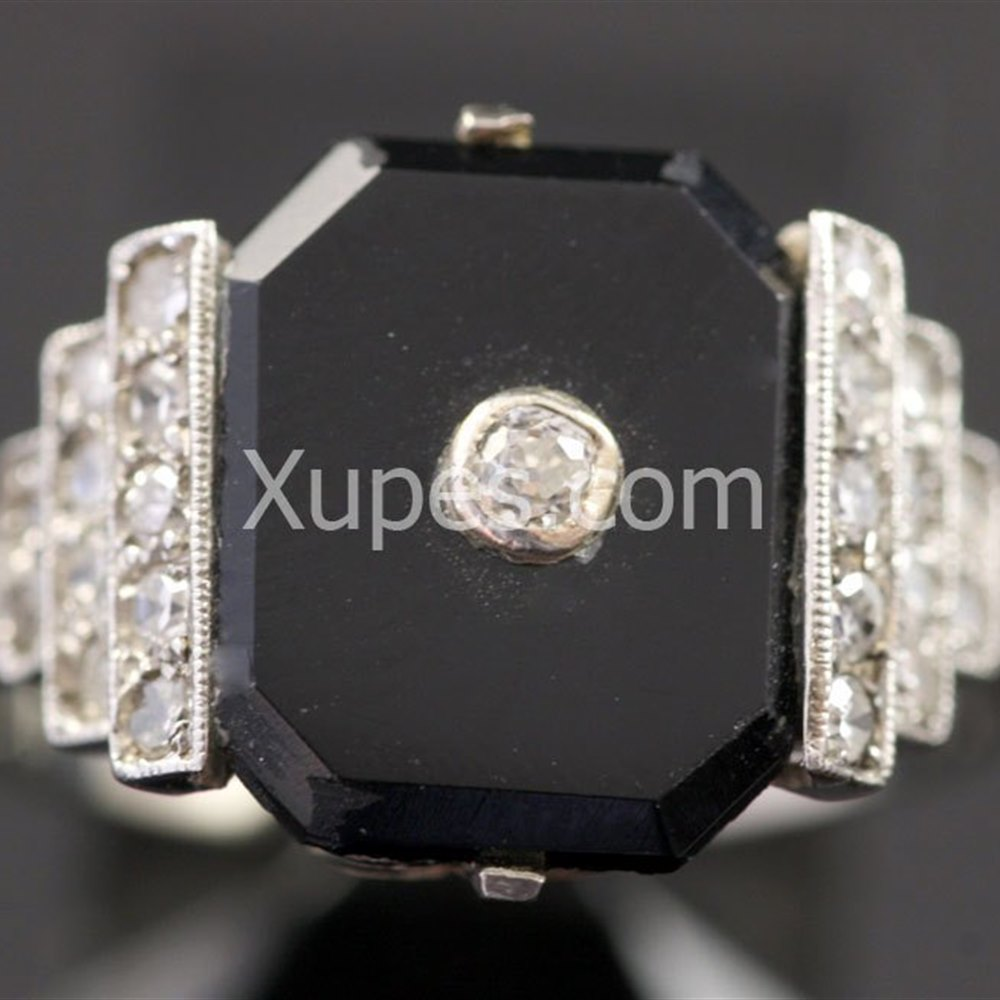 1930'S Art Deco Onyx & Diamond 18K White Gold Ring