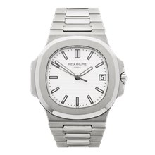 Patek Philippe Nautilus 40mm Stainless Steel - 5711 1A/011