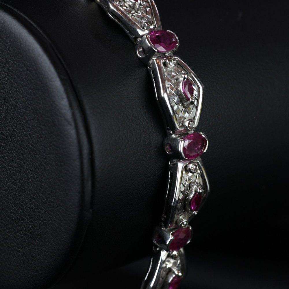 18ct White Gold Hot Pink Sapphires & Diamonds Bracelet