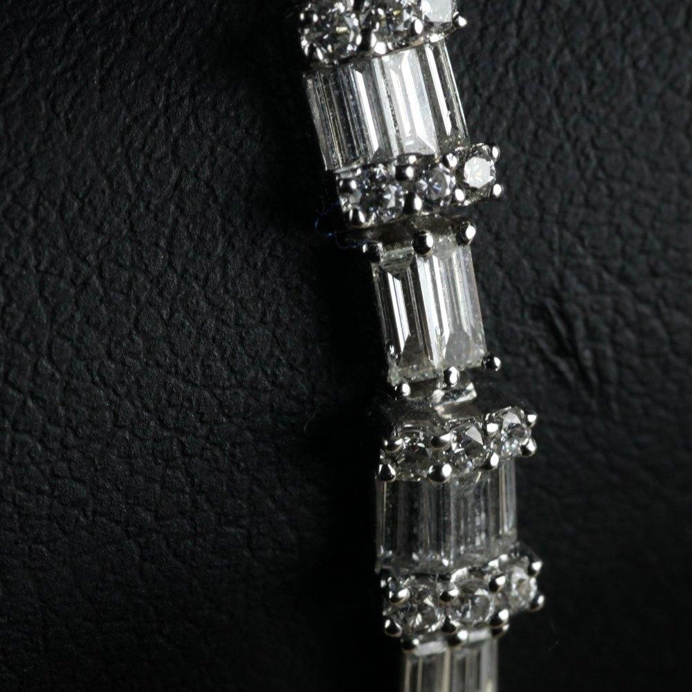 18K White Gold 6.88 cts VS Baguette Diamond Tennis Bracelet