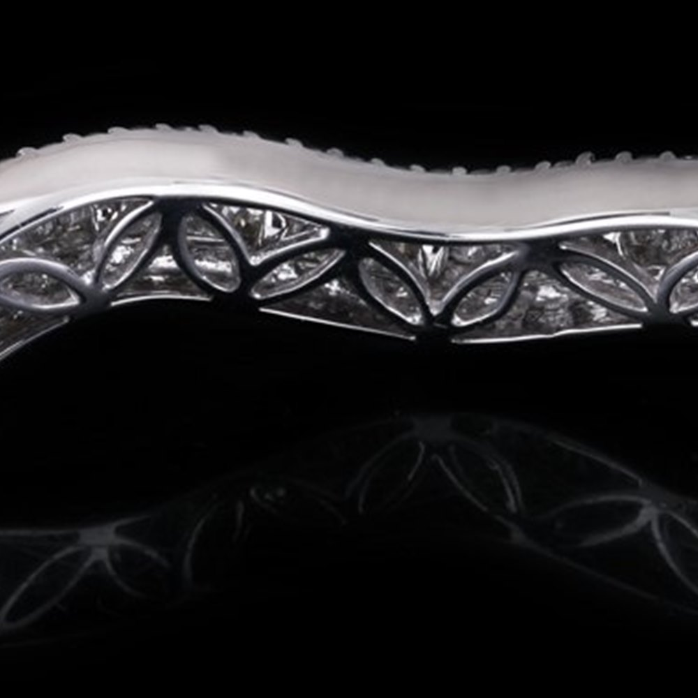 18K White Gold Wave Diamond Bracelet