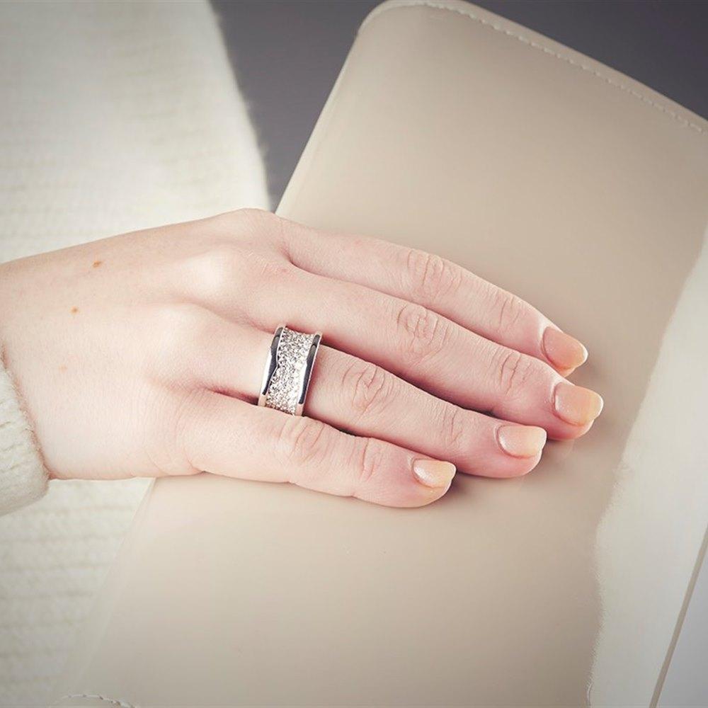 Bvlgari (or Bulgari) B Zero 1 18K White Gold Diamond Ring Size 53