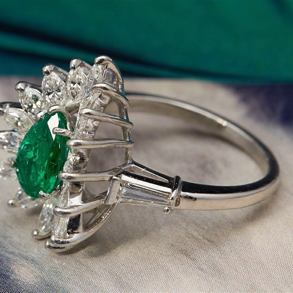 Vintage Platinum 1.00ct Colombian Emerald & 1.84ct Diamond Ring