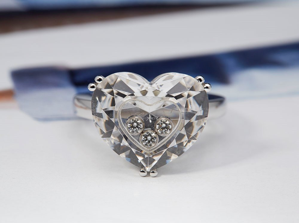 Chopard 18K White Gold So Happy Crystal Heart Floating ...